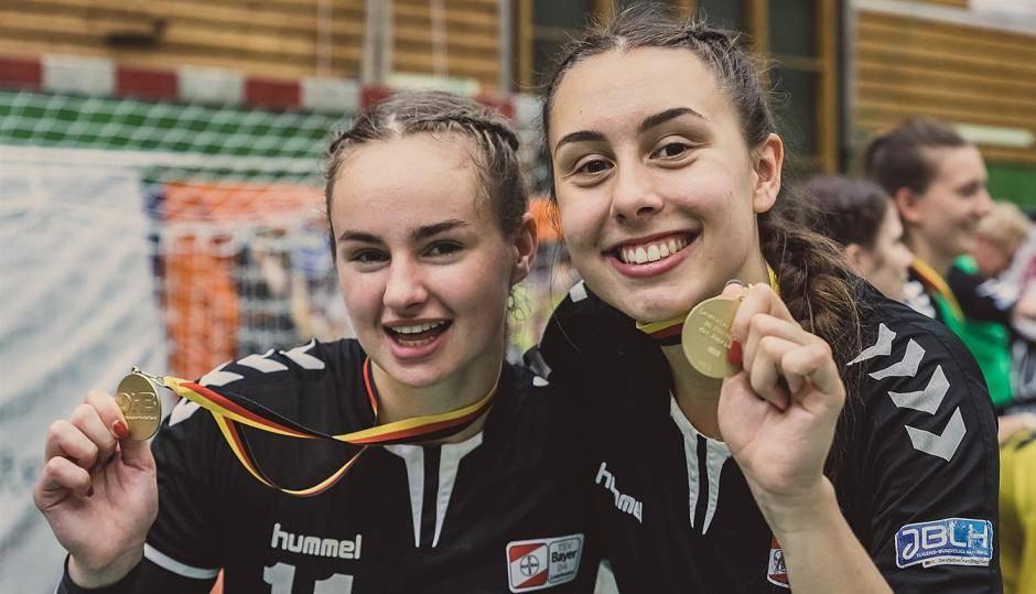 Roetgen Roetgenerin Gewinnt Mit Bayer Leverkusen Den Meistertitel