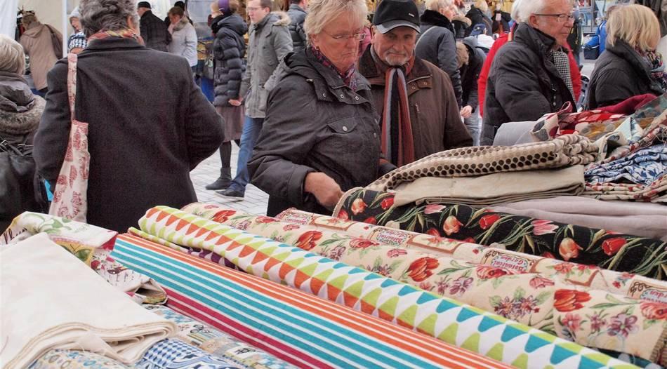"""Hückelhoven: Nähen ist """"in"""": Stoffmarkt lockt viele """"Selbermacher"""""""