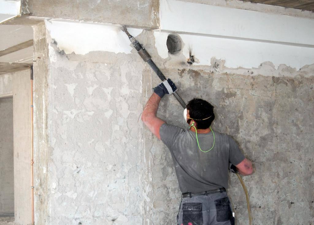 München: Altes Haus sanieren oder neues bauen: Wann sich der ...