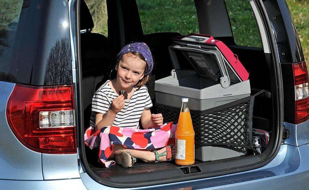Kühlschrank Box Auto : Fiat design für einen kühlschrank auto