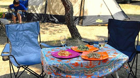 Outdoorküche Camping Berlin : Berlin erdofen und kochkiste tricks für die outdoorküche