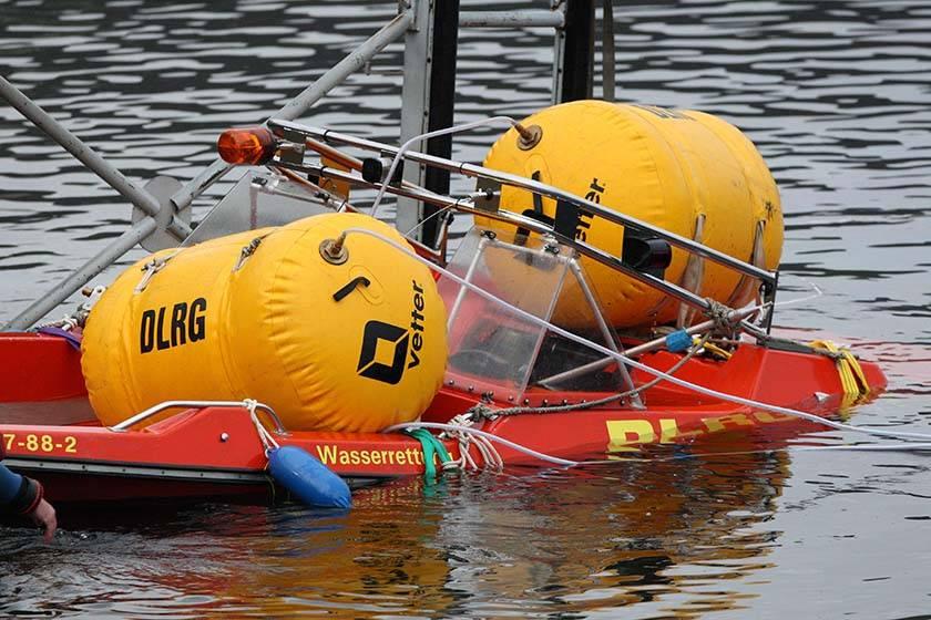 Simmerath/Aachen: Gesunkenes DLRG-Rettungsboot geborgen
