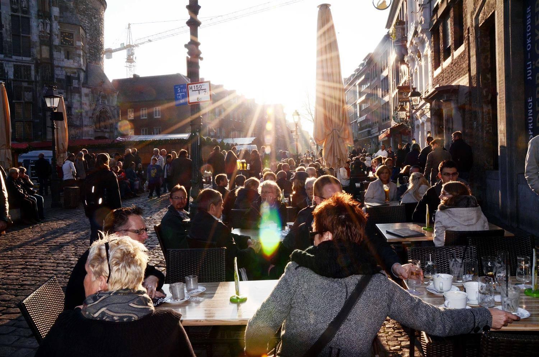 Aachen Stadt Aachen Will Gleich Reihenweise Außengastronomie Streichen