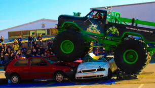 """Lemoines Original Freestyle Monstertruck Show"" gastiert"