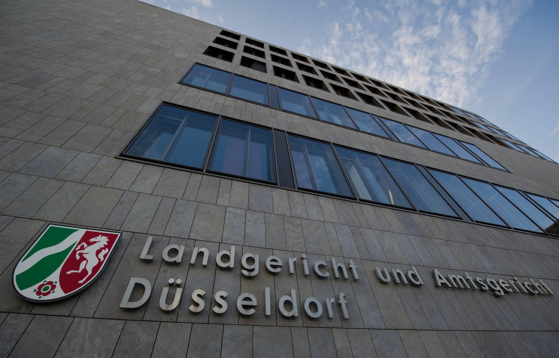 Koln Fans In Dusseldorf Funf Jahre Nach Ausschreitungen Vor