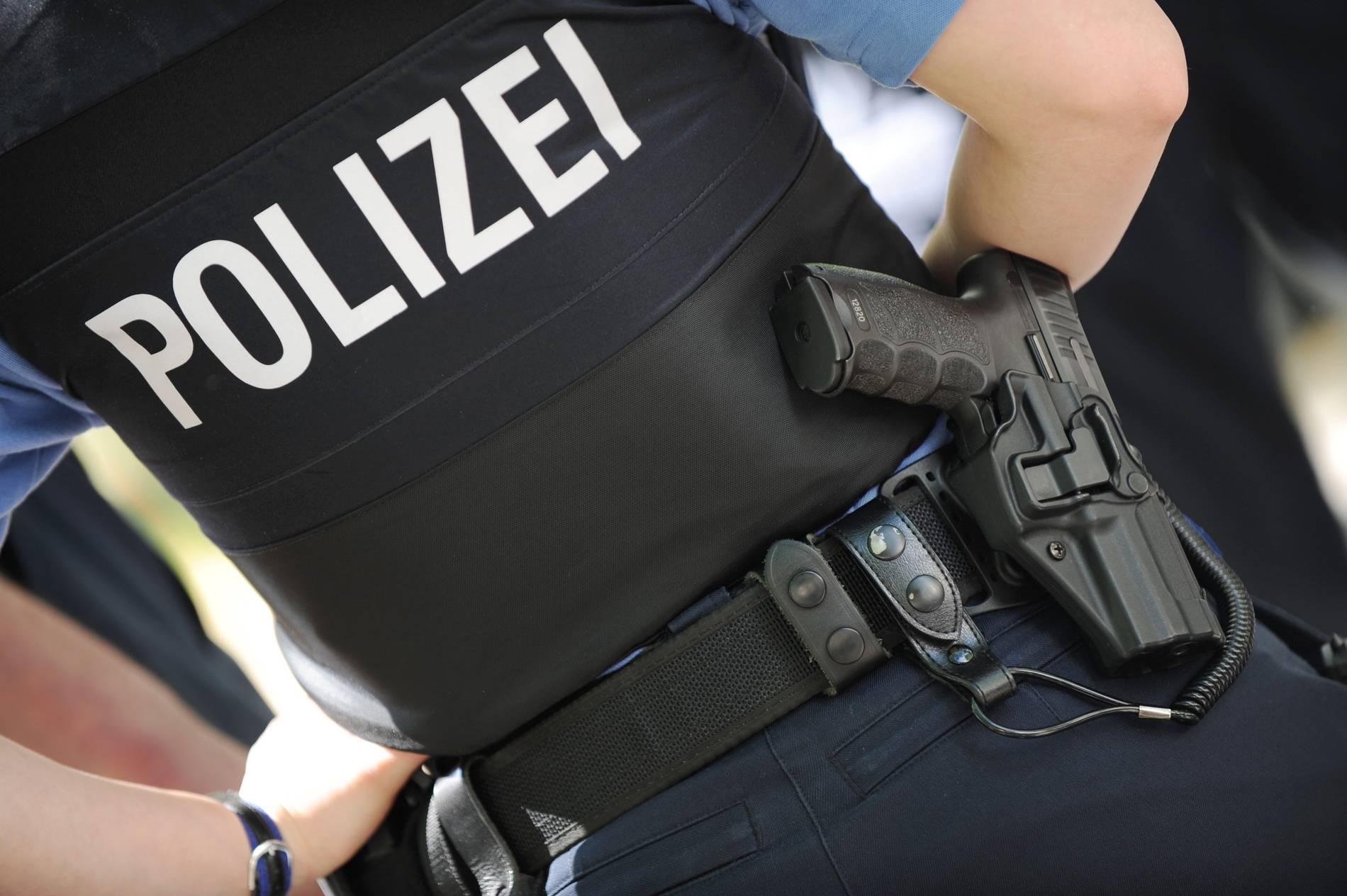 NRW: Polizeibeamtin soll mit 1200 Überstunden pensioniert werden