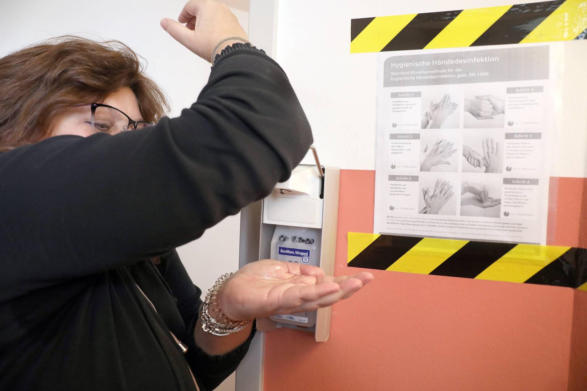 VIRUS: 38 Infizierte im Kreis Heinsberg - Krisenstab kommt zusammen